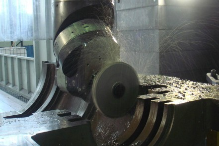 Machining of steam turbine casings